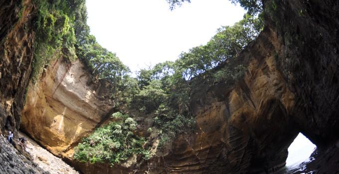 류구쿠쓰 동굴 (龍宮窟)