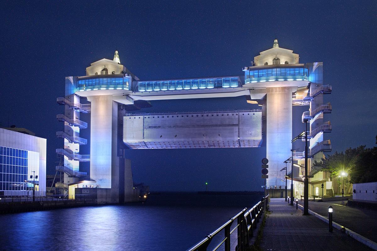 大型水門「びゅうお」